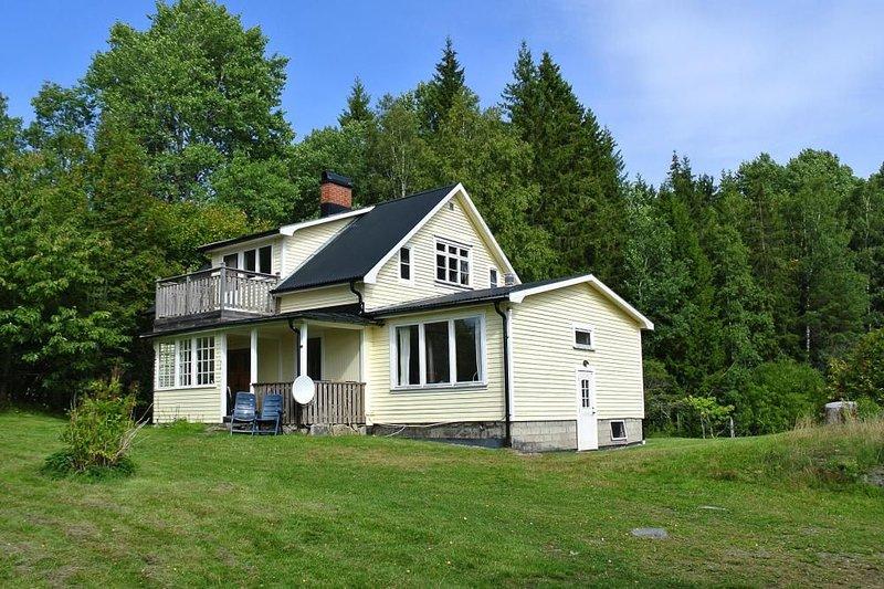 Ferienhaus, Bengtsfors, location de vacances à Edsleskog