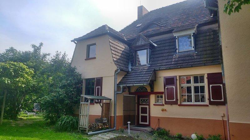 Ferienwohnung I'Pauline am See' historischen Schule Stöbnitz, aluguéis de temporada em Lutherstadt Eisleben