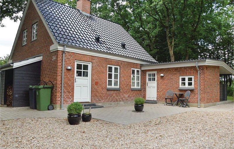 2 Zimmer Unterkunft in Tistrup, holiday rental in Hovborg