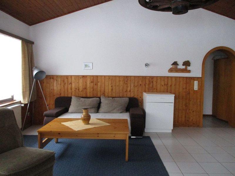 Ferienhaus in Blankenheim direkt am Waldrand für 2 Personen, holiday rental in Mechernich