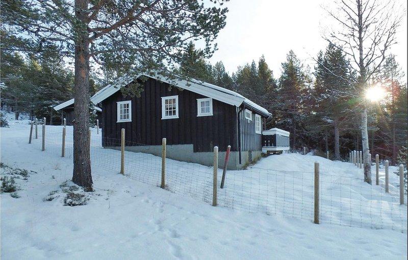 2 Zimmer Unterkunft in Kvam, casa vacanza a Mysuseter