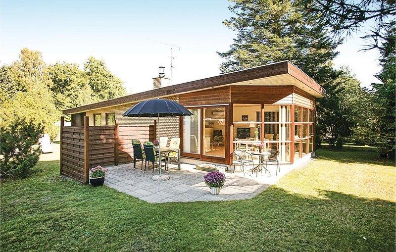 2 Zimmer Unterkunft in Rønne, location de vacances à Pedersker