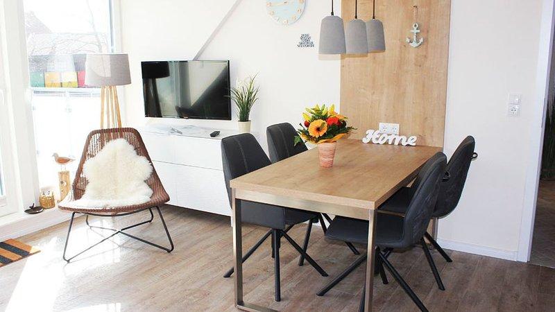 Modern und Liebevoll eingerichtete Ferienwohnung auf Langeoog mit 2 Balkonen, holiday rental in Langeoog