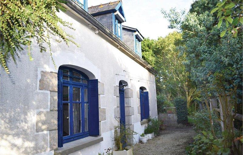 2 Zimmer Unterkunft in Plourivo, holiday rental in Pontrieux