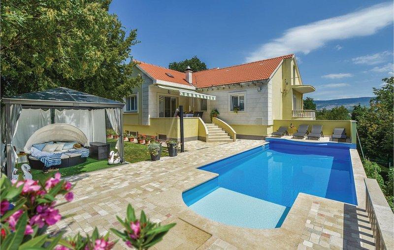 3 Zimmer Unterkunft in Hrvace, casa vacanza a Hrvace