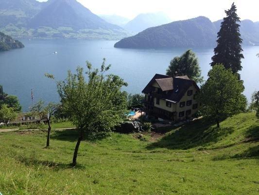 Ferienwohnung Vitznau für 4 - 5 Personen mit 2 Schlafzimmern - Bauernhaus, vacation rental in Gersau