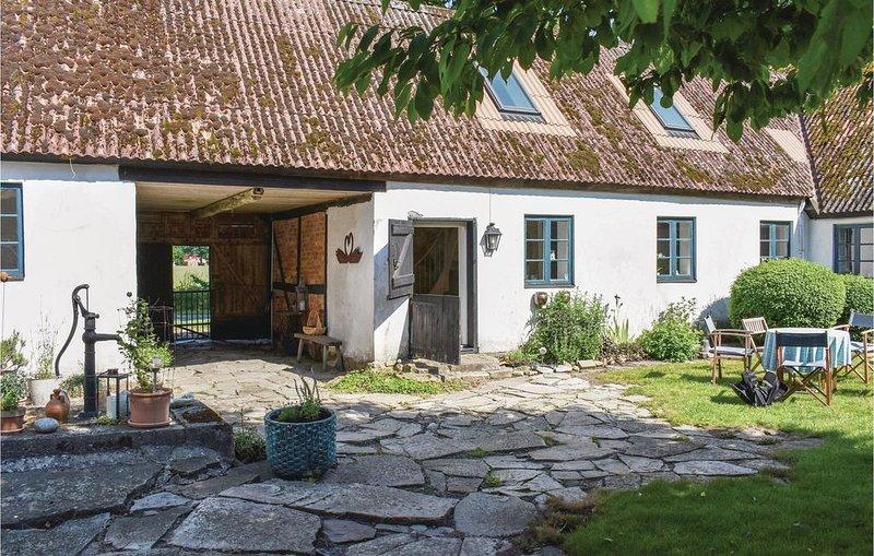 2 Zimmer Unterkunft in Simrishamn, holiday rental in Loderup