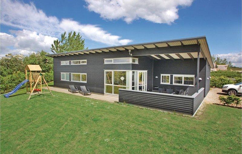 4 Zimmer Unterkunft in Haderslev, alquiler vacacional en Helnaes