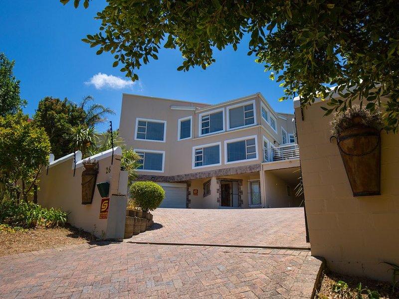 Villa Sonskyn   DAS Ferienhaus an der False Bay, alquiler de vacaciones en Somerset West