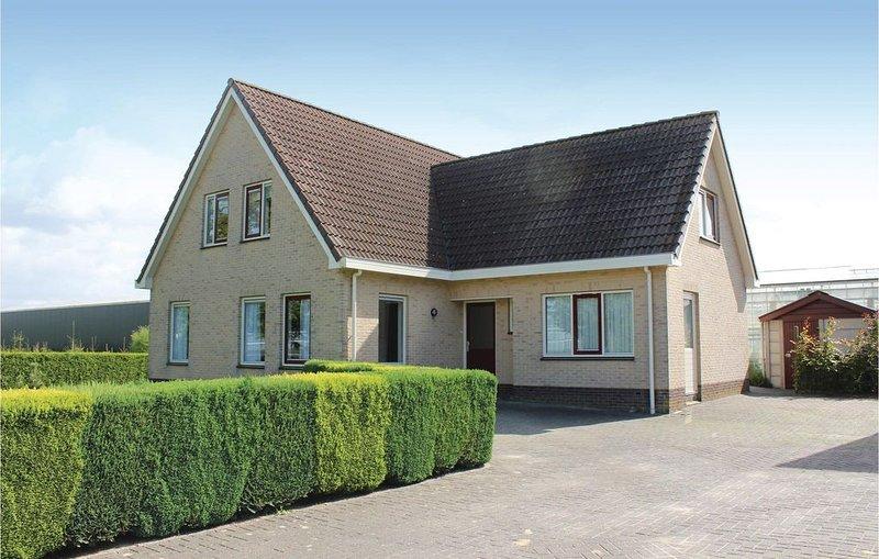 4 Zimmer Unterkunft in Almere Buiten, holiday rental in Lelystad