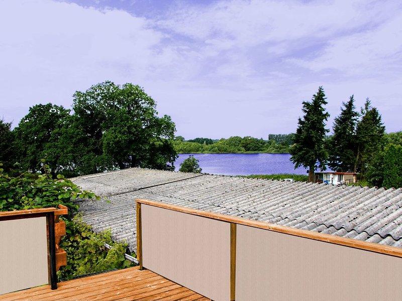 Terrasse sur le toit avec vue sur le lac du village