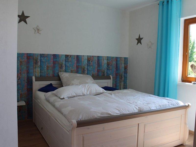 Kleine Ferienwohnung in ruhiger Lage in Hofgeismar, vacation rental in Espenau