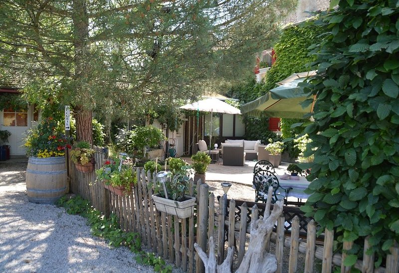 CHAMBRES D'HÔTES :  LE SEUIL DES CHAMPS, holiday rental in Meursanges
