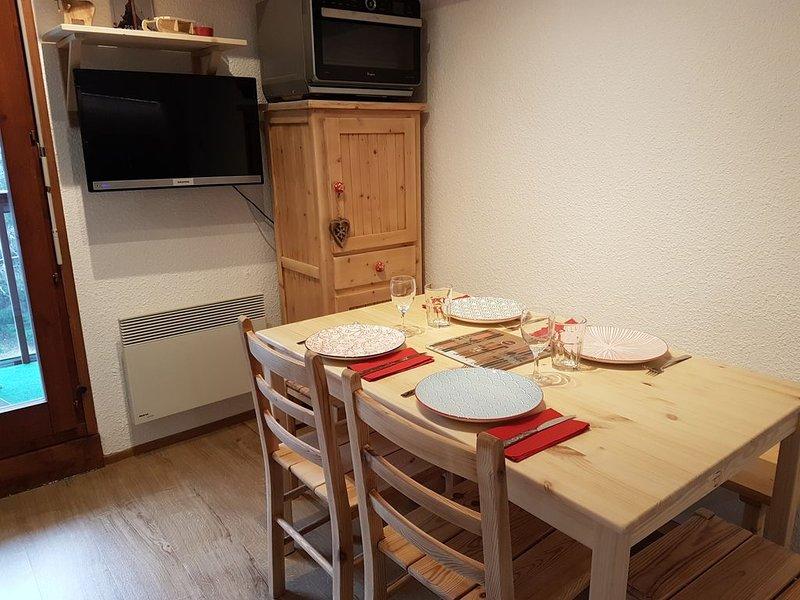 Charmant appartement 4 personnes aux Hameaux du Lay (entièrement rénové), location de vacances à Les Contamines-Montjoie
