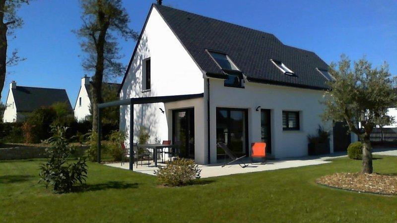 KER MILIN      Maison  neuve tout confort, au calme, proche des plages., holiday rental in Le Tour-du-Parc