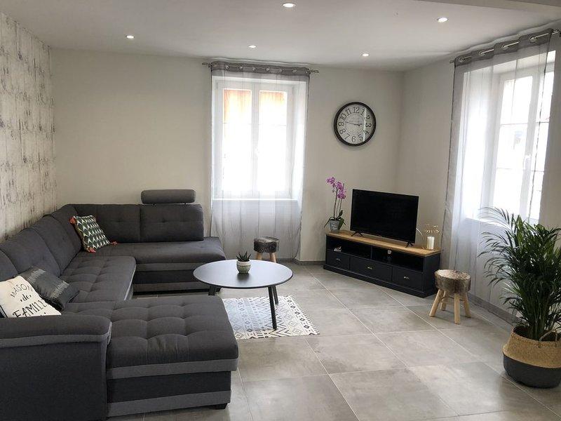 Gite MAISON DE FAMILLE 10 personnes maison 200m2, holiday rental in Benfeld