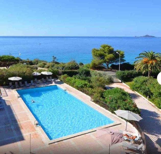AJACCIO - 3p - Balcon - 6 pers. - Piscine - 5' plage, holiday rental in Villanova