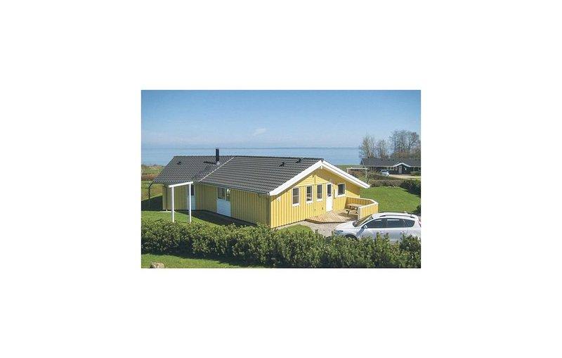 4 Zimmer Unterkunft in Sydals, vacation rental in Soenderborg
