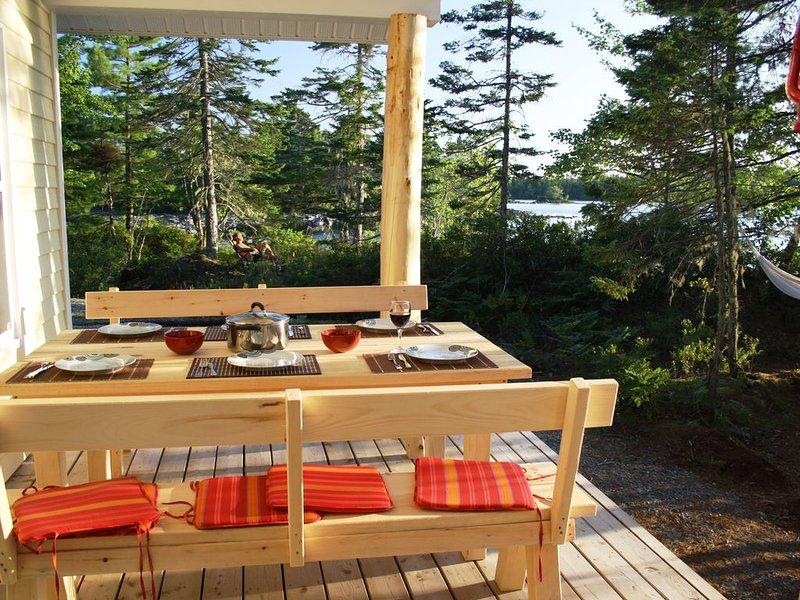 Ferienhaus direkt am See in unberührter Natur, holiday rental in Caledonia