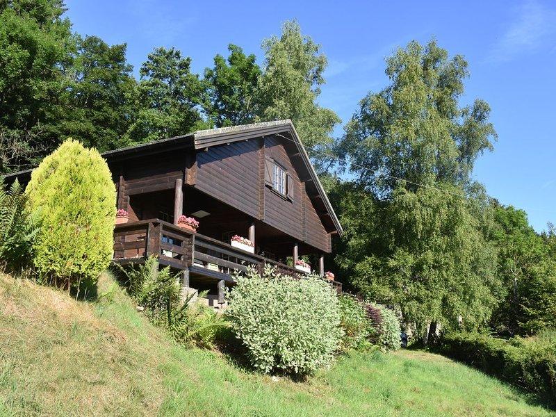 Chalet scandinave,  ambiance chaleureuse, pour ceux qui aiment la nature, vacation rental in Harre