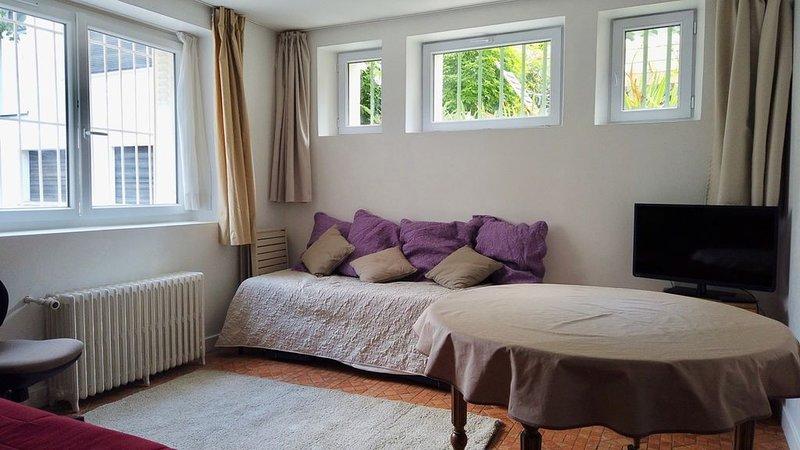 Deux pièces calme proche parc Montsouris, vacation rental in Montrouge
