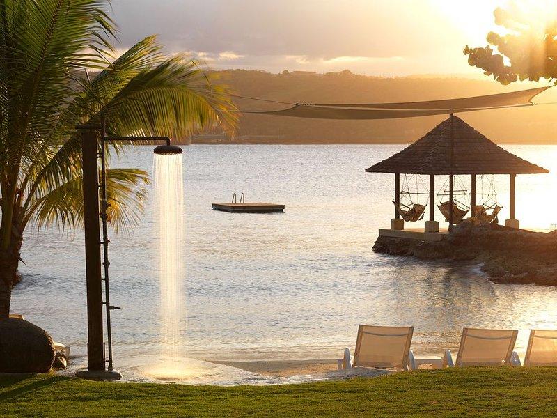 AMANOKA PROMISES A LUXURIOUS AND TRULY ENJOYABLE VACATION., location de vacances à Bengal