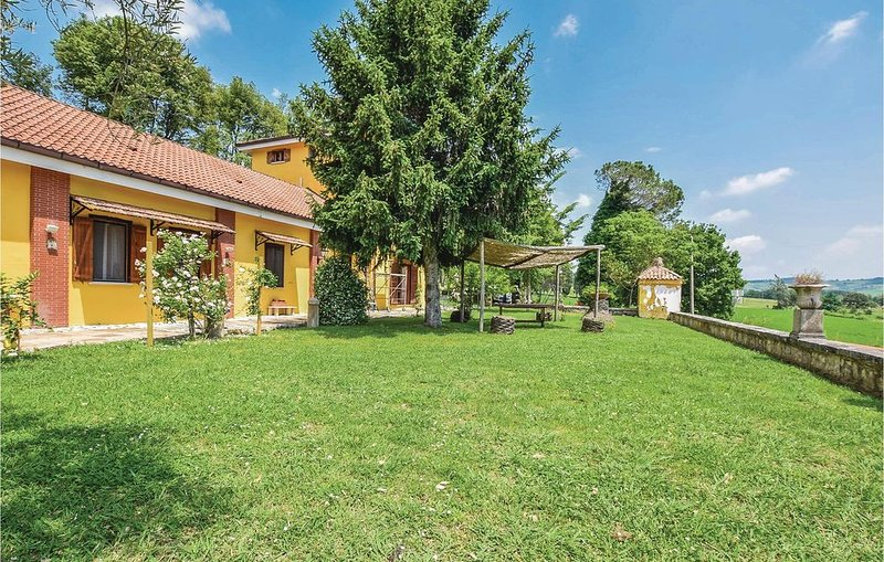 3 Zimmer Unterkunft in Alvignano CE, holiday rental in Province of Caserta