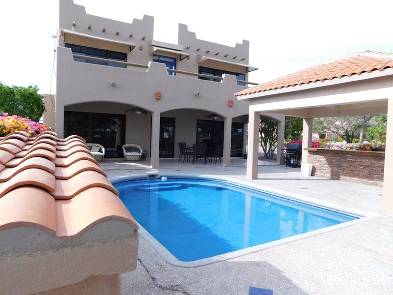 Royal Golf Casa Familar con Alberca, alquiler vacacional en Guaymas