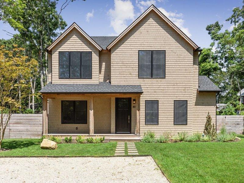 Newly built East Hampton home near beaches and bay, aluguéis de temporada em Springs