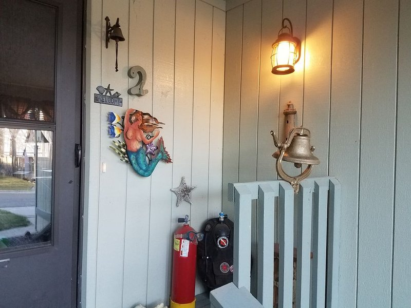 High Desert Beach House, Mountain Getaway & Desert Oasis all rolled into ONE!, vacation rental in Fruitvale