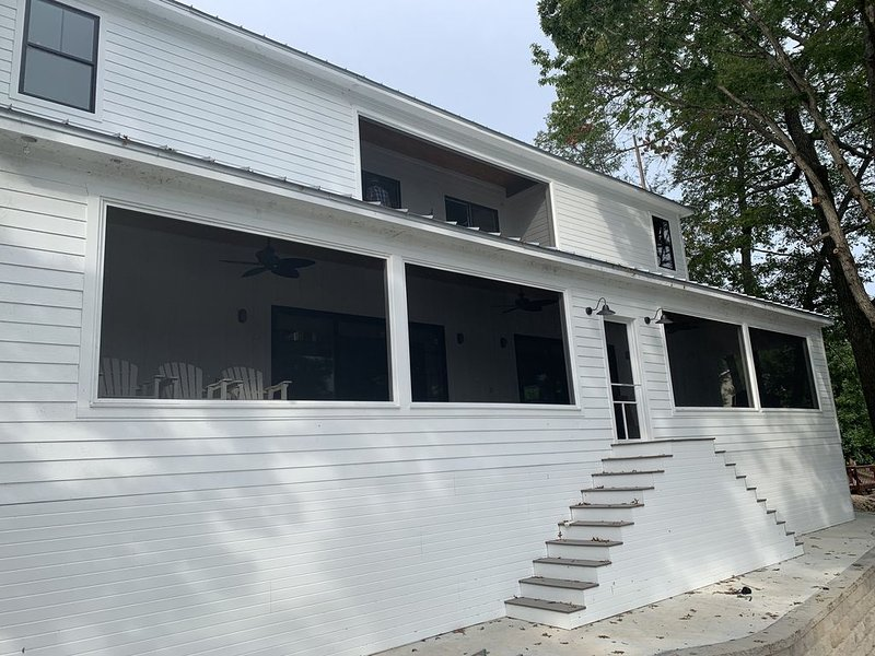 Brand New 7 Bedroom Lake House With Dock- Available Summer 2020, vacation rental in Gravois Mills