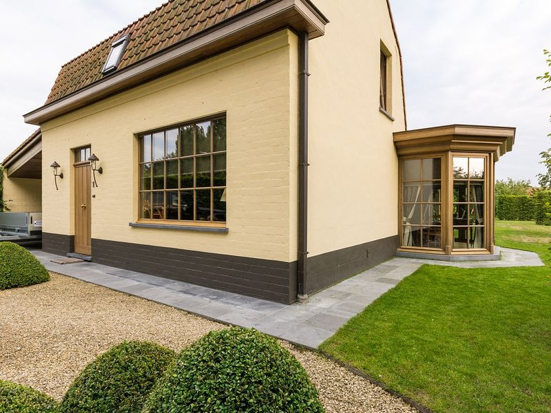 Charming country house 'Chez Maintje' (between Ghent, Bruges, Antwerp and coast), location de vacances à Eeklo