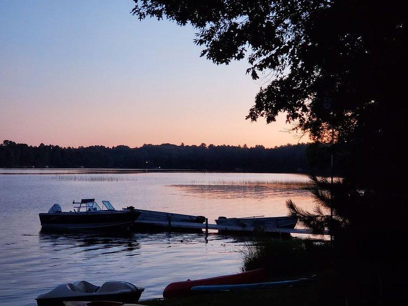 Lakeshore Cabin....., vacation rental in Summit Lake