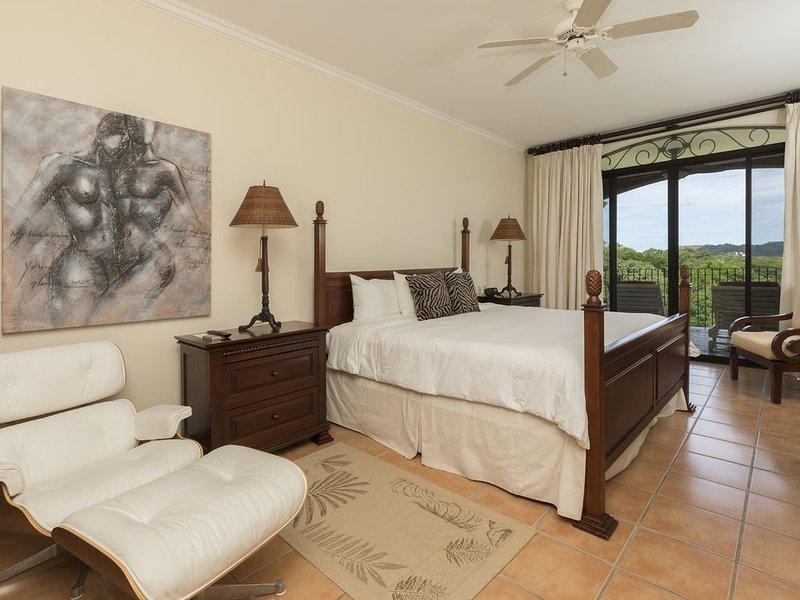 Beautiful Reserva Conchal Condo Ocean View Terrace 3 bedroom 2 floors, holiday rental in Playa Conchal