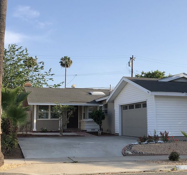 House in Beach Town (30 night min), vacation rental in Seal Beach