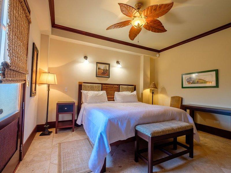 506B - 3rd Floor Ocean View Hotel Room, holiday rental in Xcalak