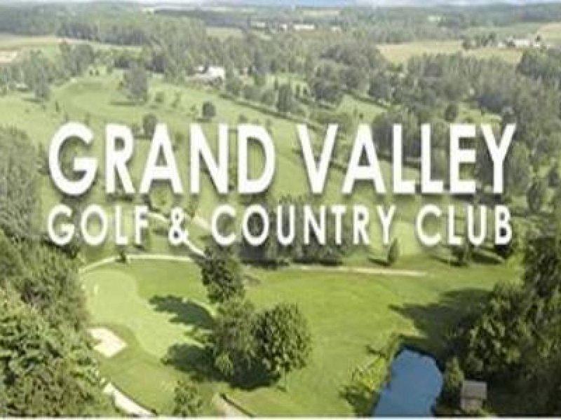 In unmittelbarer Nähe zum Grand Valley Golf Club