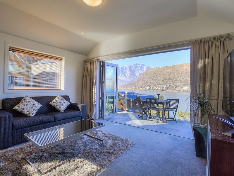 Remarkables View, Alpine Escape, holiday rental in Queenstown