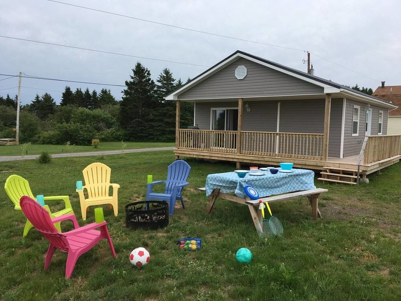 Memory Cottage 2 bdrm yr. round, holiday rental in Pictou