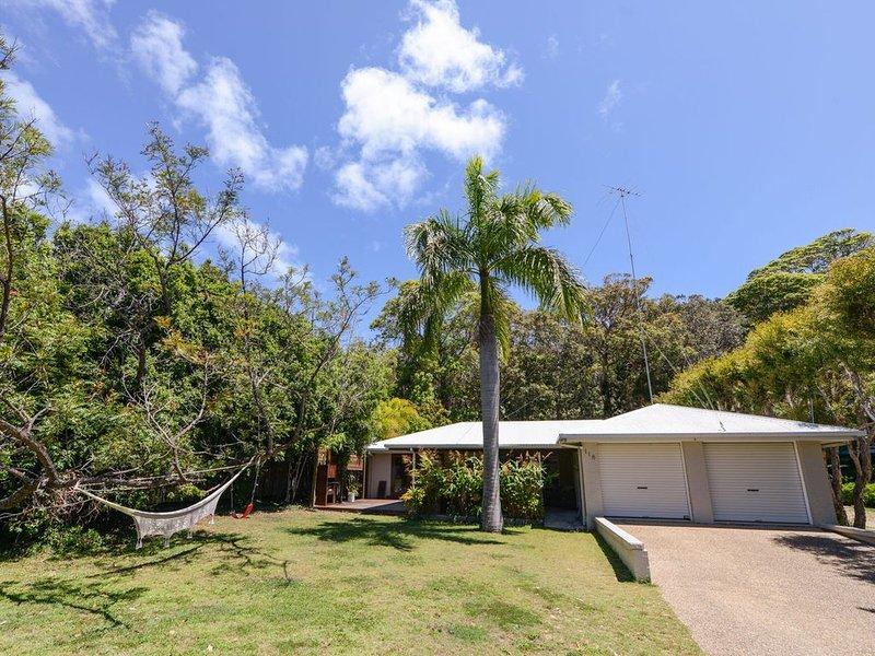 Palm Beachhouse - Point Lookout, QLD, alquiler de vacaciones en Amity