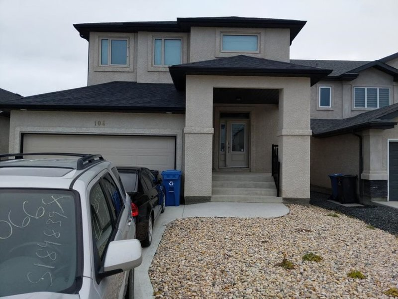 Basement Guest Suite in Winnipeg – semesterbostad i Winnipeg