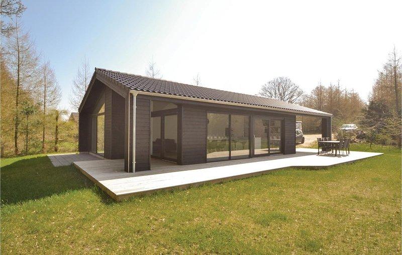 3 Zimmer Unterkunft in Glesborg, holiday rental in Grenaa
