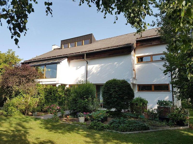 Luxusferien in moderner Wohnung - Umfangreiches Hygienekonzept, location de vacances à Unterwurschnitz