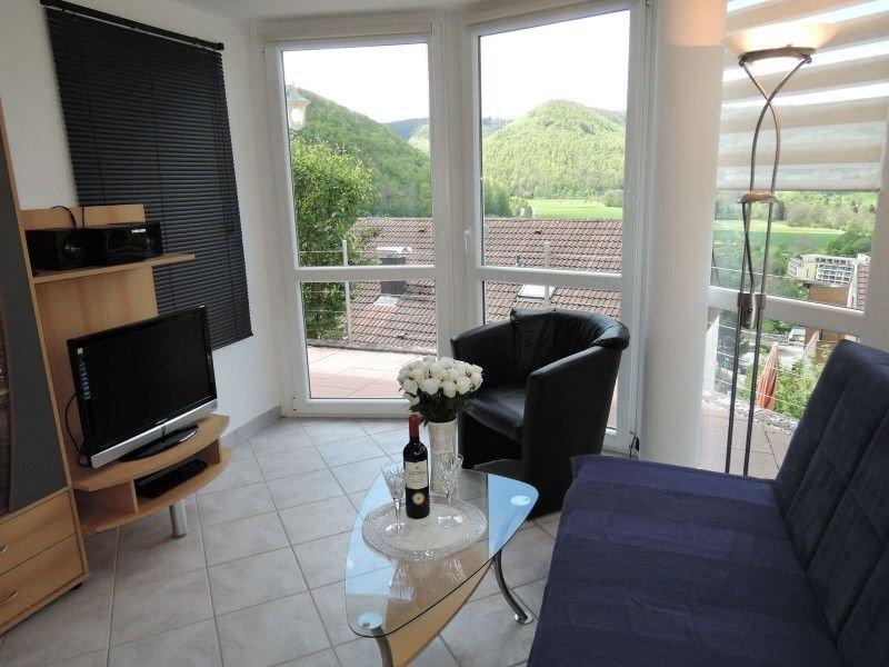 Haus Eisele Ferienwohnung 2, 45qm, mit Doppelbett, Schlafsofa, TV, Badezimmer, E, Ferienwohnung in Nürtingen