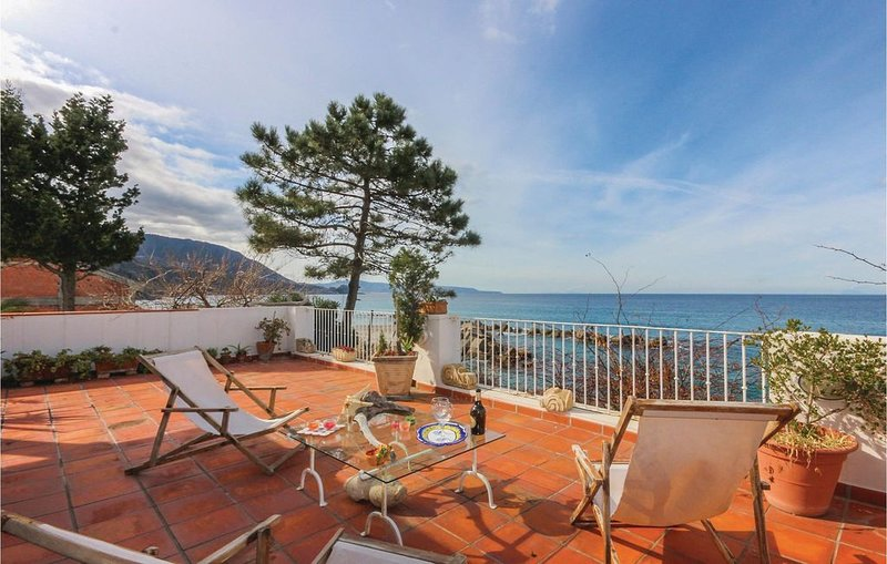 3 Zimmer Unterkunft in Scilla (RC), vacation rental in Favazzina