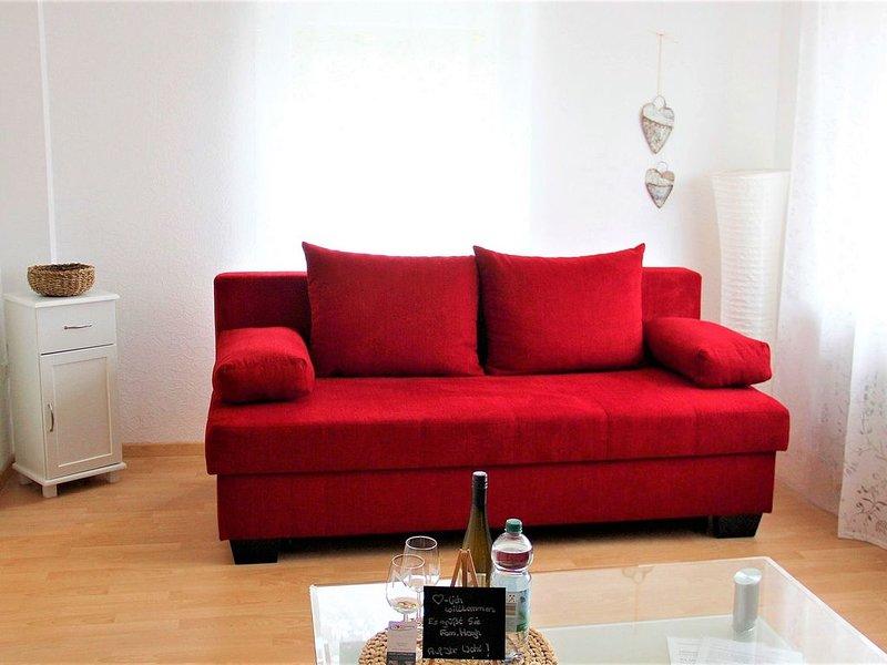 Ferienwohnung Hogh, 55qm, Terrasse, 1 Schlafzimmer, max. 4 Personen, Ferienwohnung in Nürtingen
