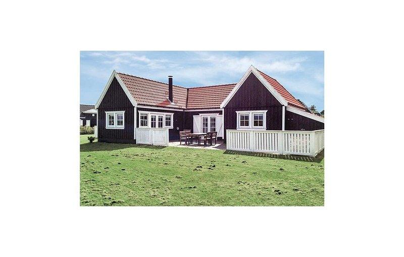 2 Zimmer Unterkunft in Vejby, holiday rental in Tisvildeleje