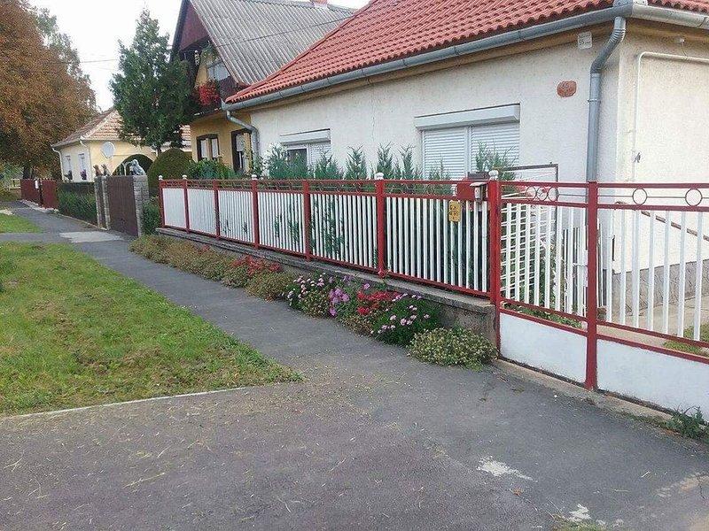 FeWo-direkt- Haus zu vermieten, holiday rental in Keleviz