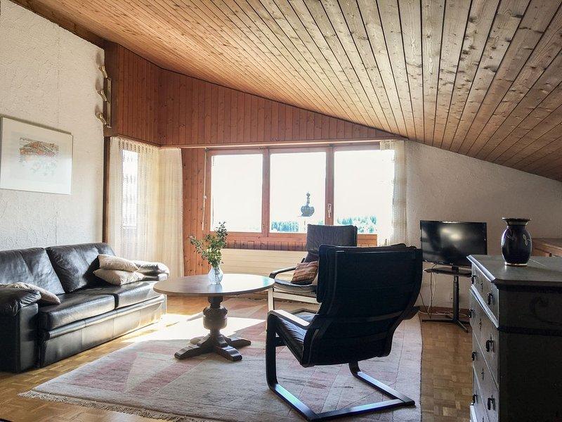 Zentral gelegene 3.5-Zimmerwohnung mit Panoramasicht, casa vacanza a Flims