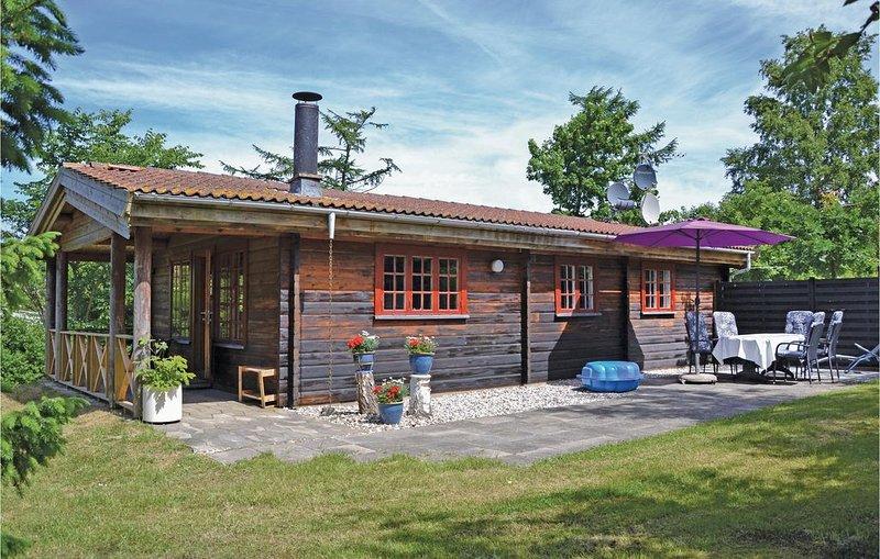 3 Zimmer Unterkunft in Jægerspris, vacation rental in Oroe